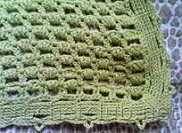 вязаное покрывальце для ребенка.