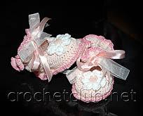 детские вязаные пинетки розового цвета