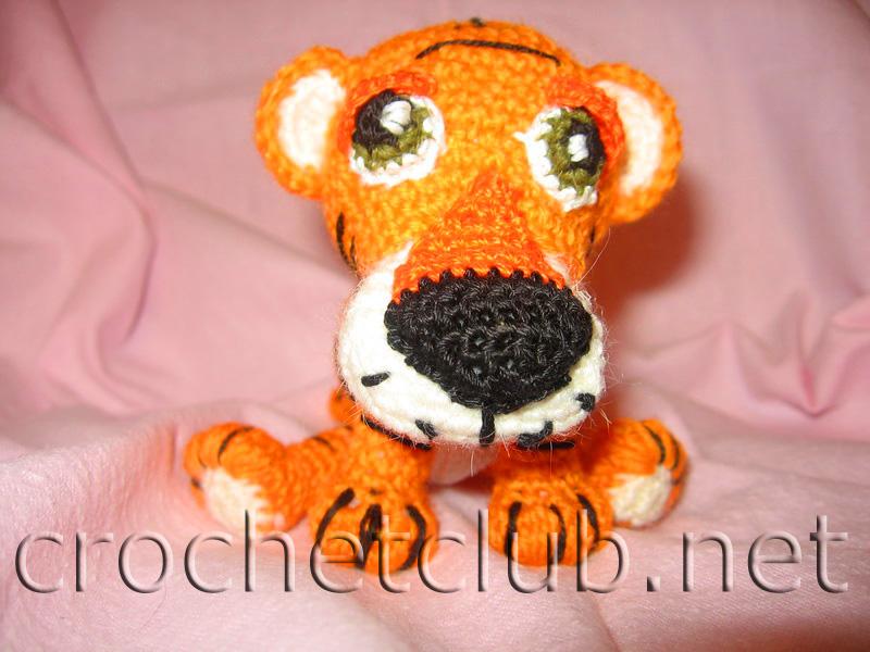вязаного тигренка можно