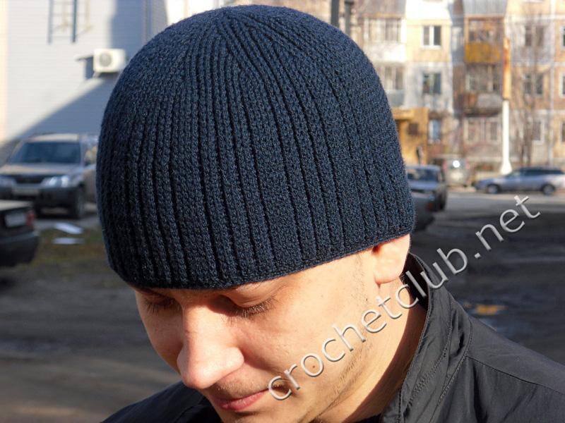 Весенне-осенняя мужская шапка