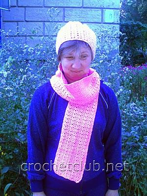 розовая шапочка и шарф