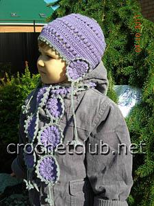 шапочка и шарфик связанный крючком из шерсти 1