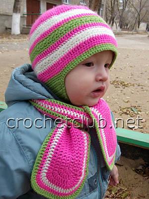 шапочка и шарф c цветочным узором