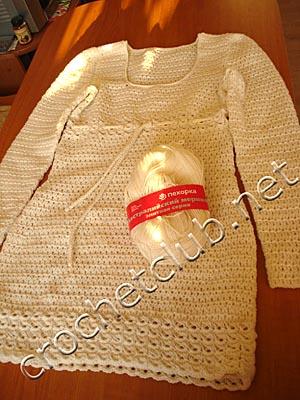 вязаное платье с отделкой в перуанской технике 3