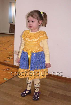 теплое детское платьице