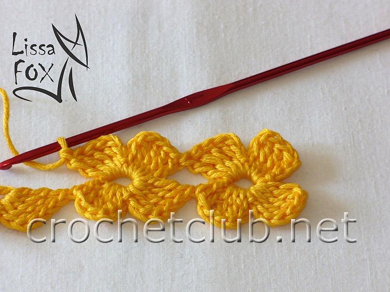 Вязанная лента из цветков