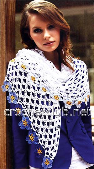платок с цветочной каймой