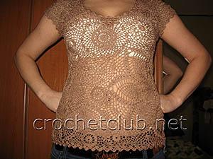 светло-коричневая блуза