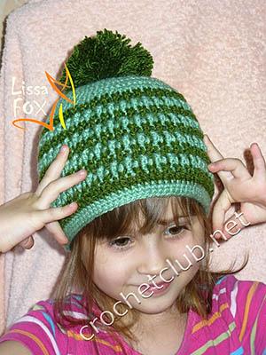 детская шапка рельефным узором
