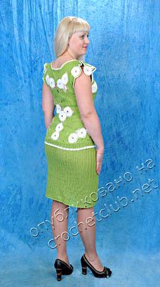 салатовый вязаный костюм 1
