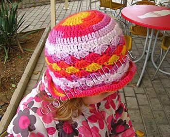 детская вязаная шляпка 1