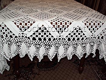 Вязание крючком скатерти на круглой стол 448