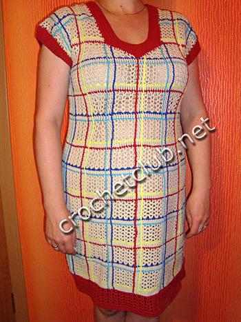 платье крючком с имитацией тканых строчек