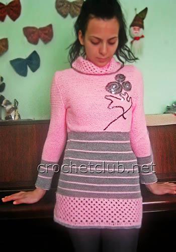 розовый свитер связанный крючком