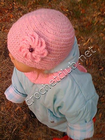 шапочка и шарфик для годовалой девочки 1