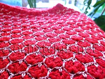 пуловер связанный двухцветным узором 3