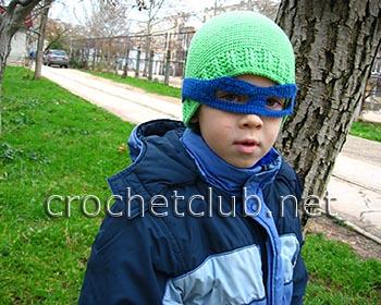 вязаная шапка и митенки для мальчика 1