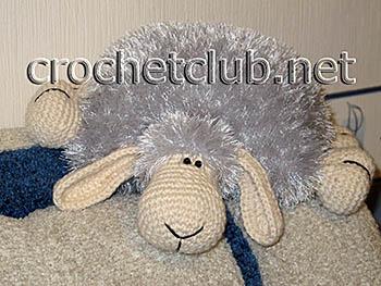 подушка-барашек крючком 2