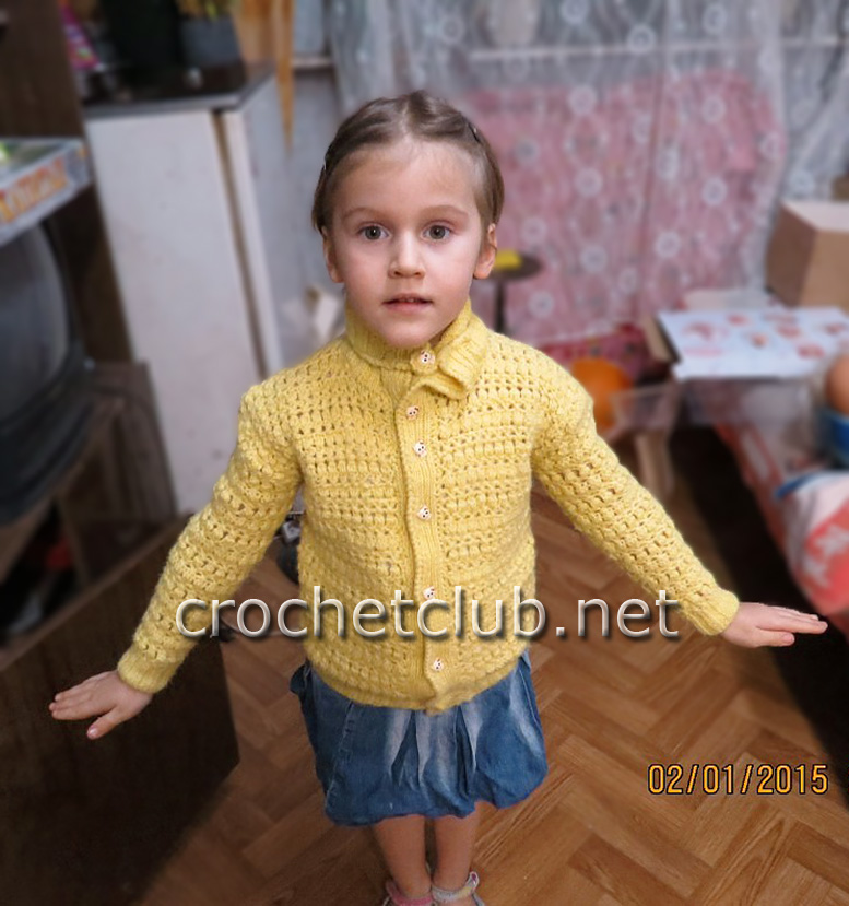 Вязаная кофта для девушки