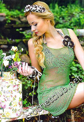 платье связанное филейными узорами