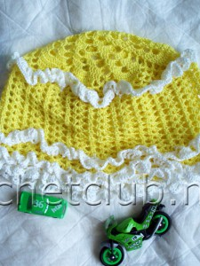 Ажурная шапочка для малыша