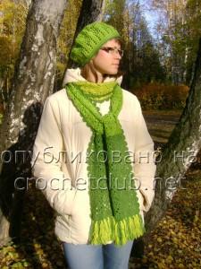 Берет и шарф из квадратных мотивов