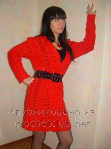 Красное пальто, связанное крючком