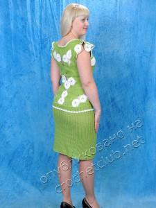Салатовый вязаный костюм