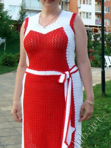 Одна модель - три платья