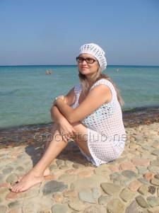 Белая пляжная туника крючком