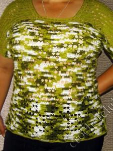 Меланжевый пуловер с короткими рукавами
