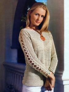 Бежевый пуловер с ажурными рукавами