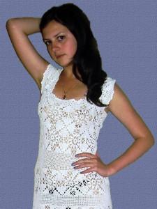 Белые вязаные сарафаны и платье